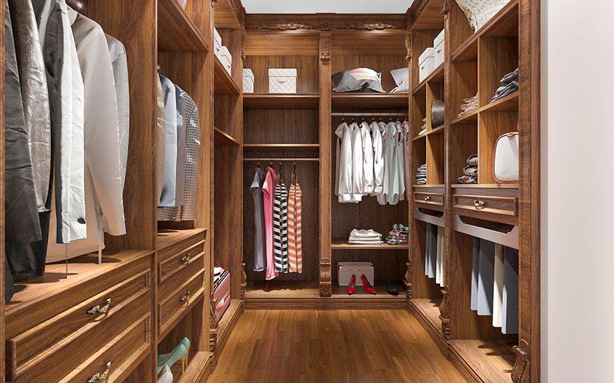 garderoba ciemne drewno